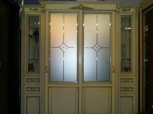 Классический шкаф купе массив с фацетными зеркалами и гравировкой Новошахтинск