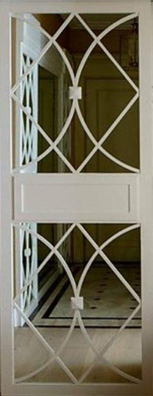 Вставка с фигурной филенкой на зеркале эмаль Новошахтинск